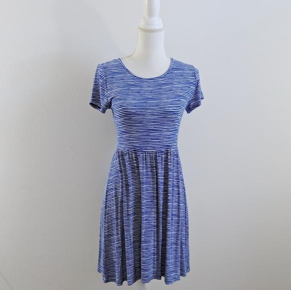 Old Navy Dresses & Skirts - Old Navy Blue & White Striped Dress